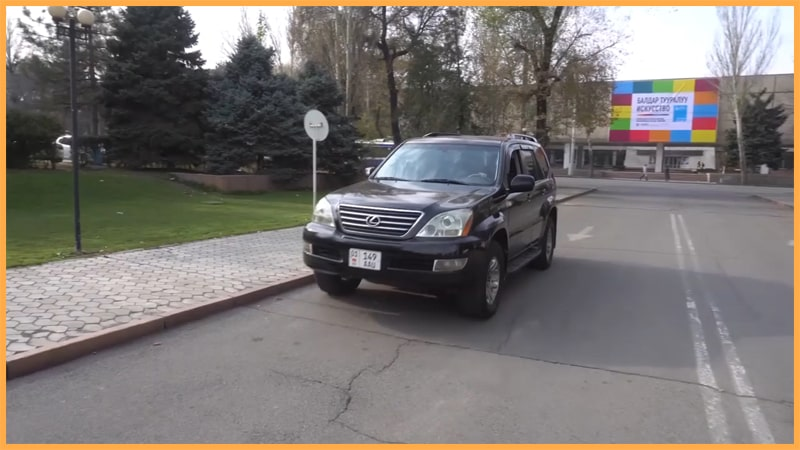 the best Kyrgyzstan off road tours Lexus GX470